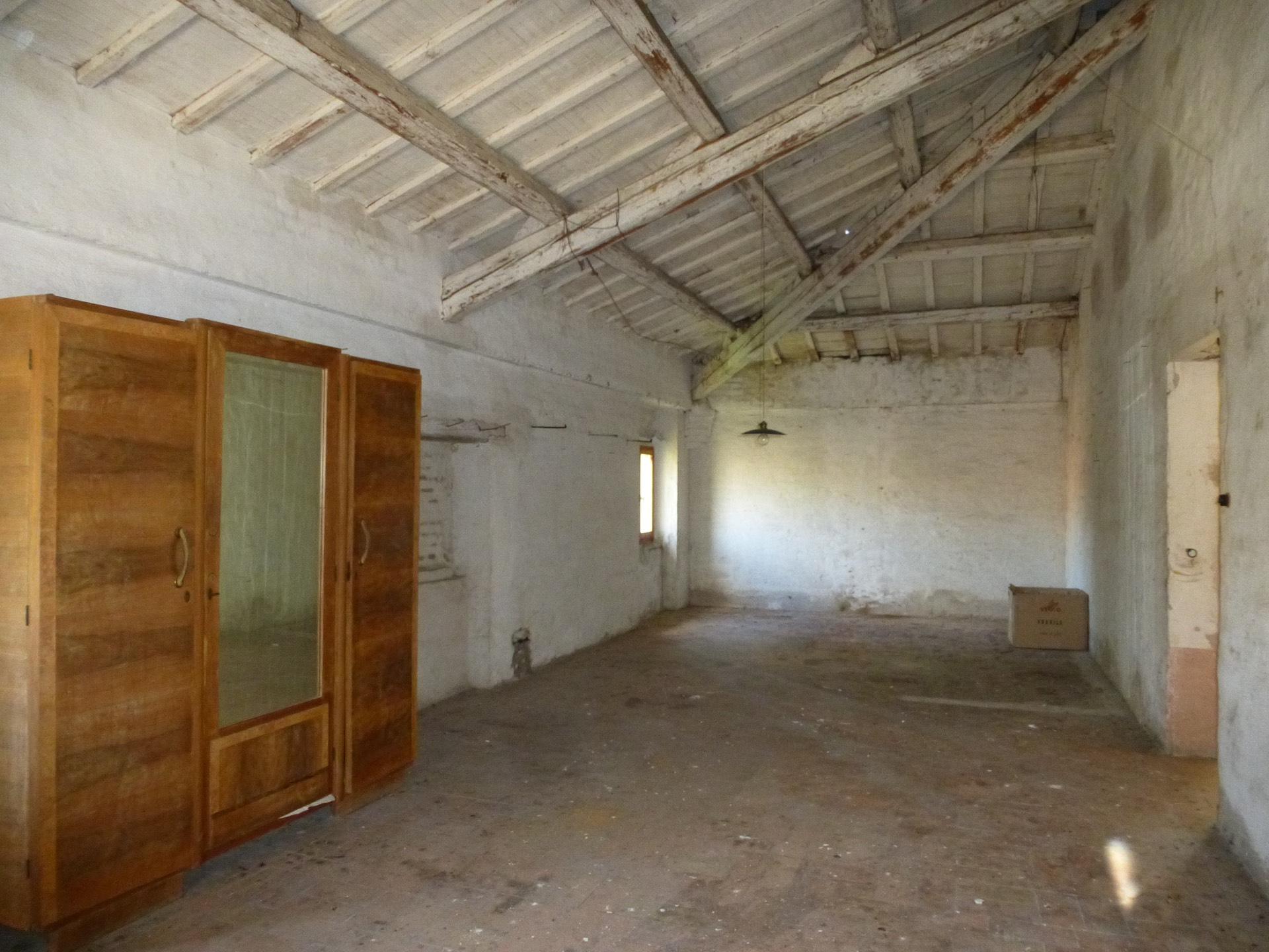 Casa a Morrovalle (Macerata)