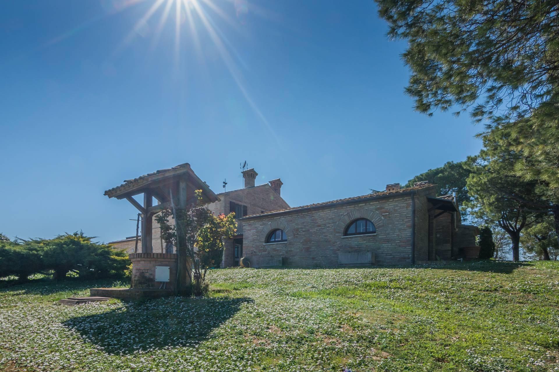 Villa a Potenza Picena (Macerata)