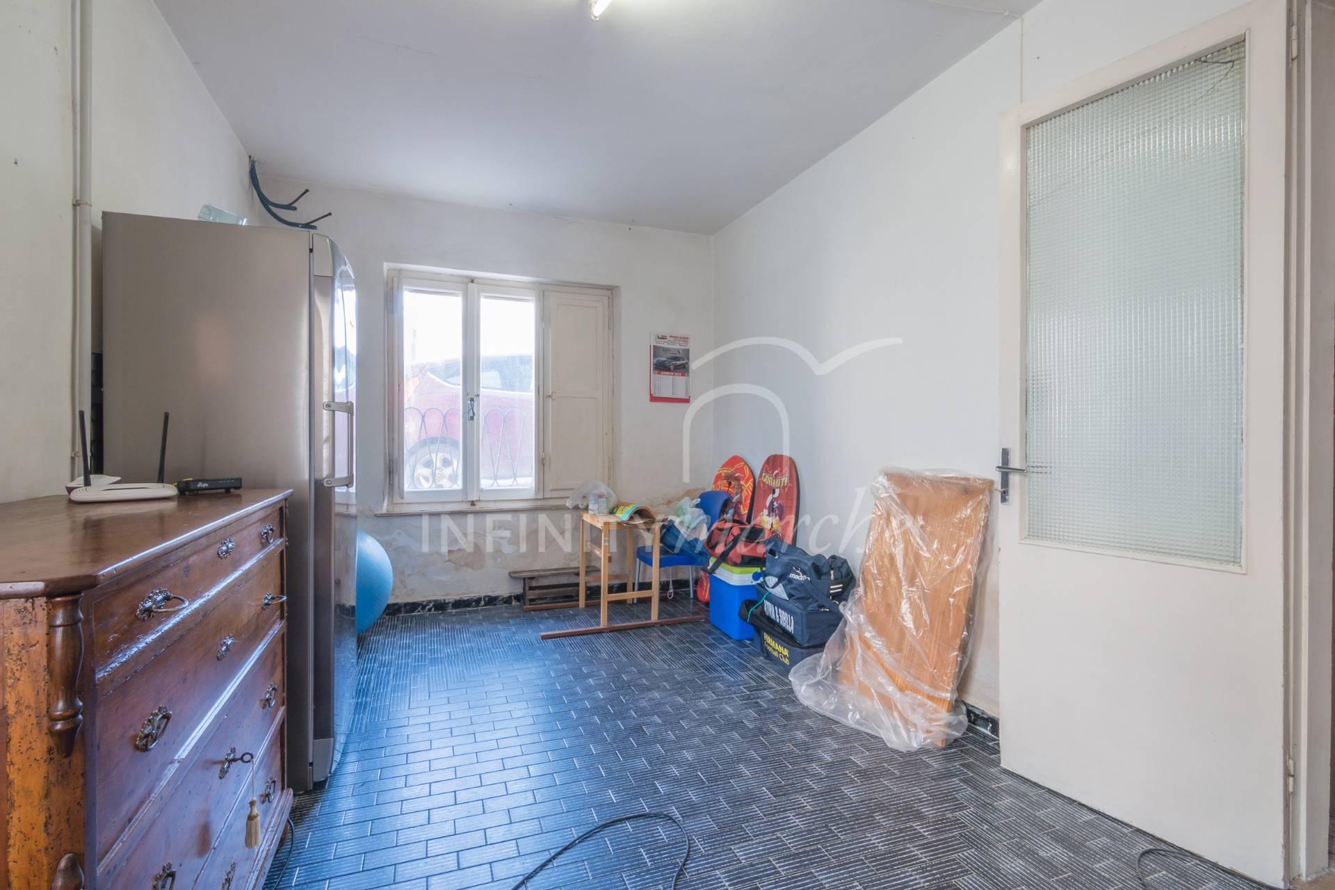 Casa a Ponzano di Fermo (Fermo)