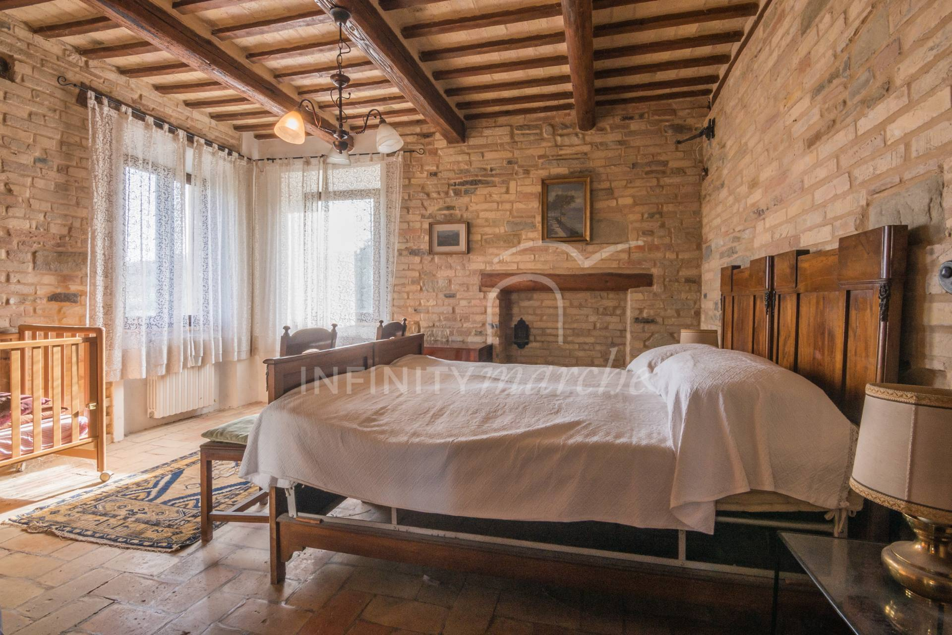 Casale a Montappone (Fermo)