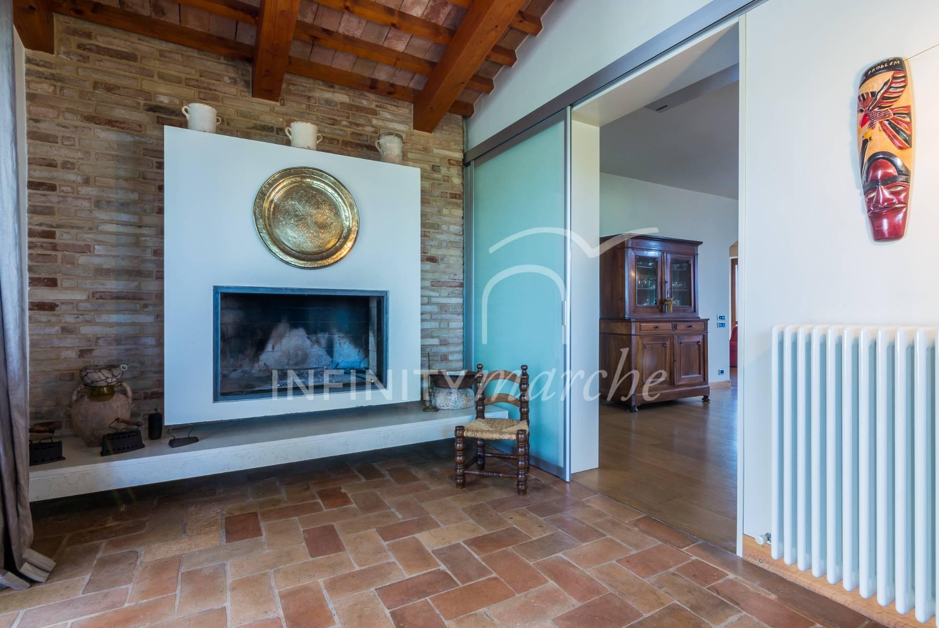 Villa a Recanati (Macerata)