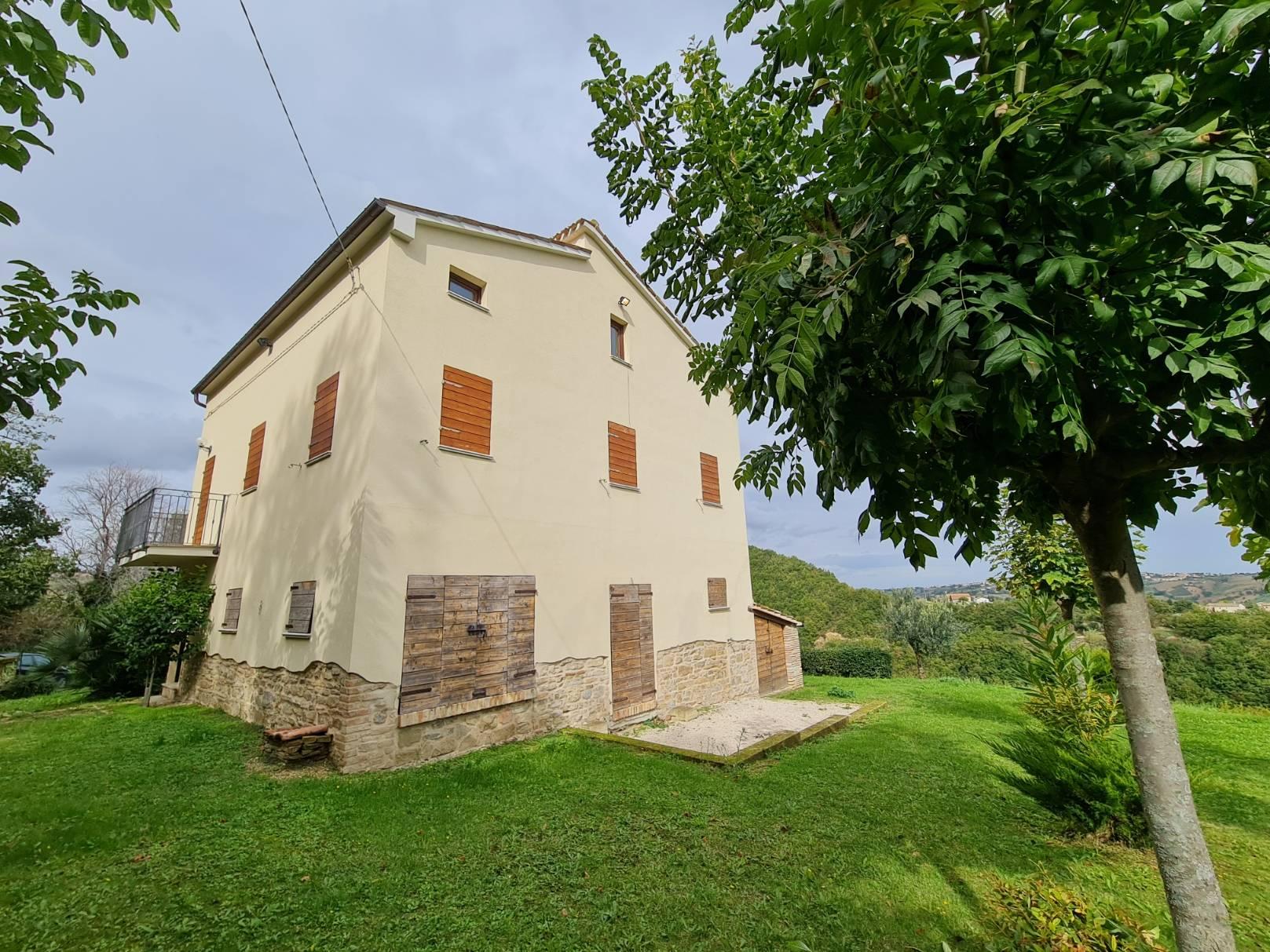 Casale a Cingoli (Macerata)