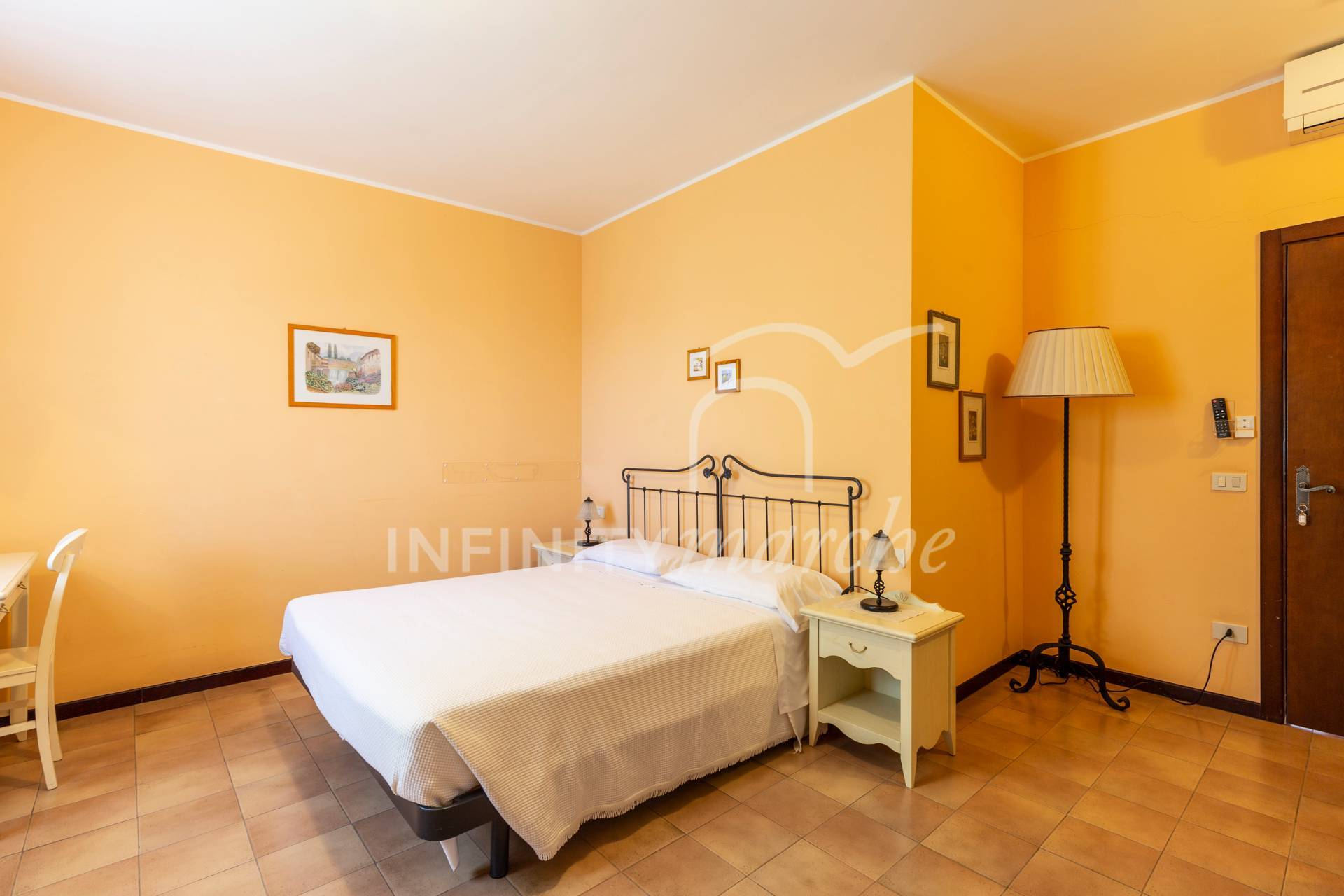 Casale a Ancona (Ancona)