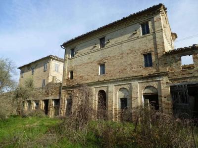 Casale Mogliano (Macerata)