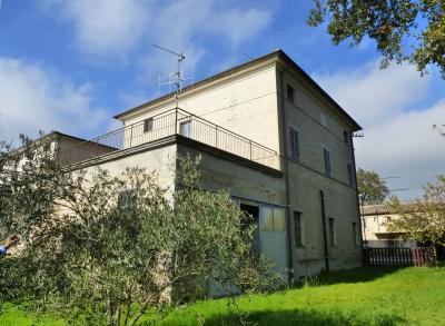 Casa Morrovalle (Macerata)