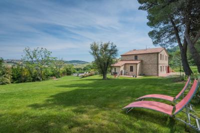 Casale Montecosaro (Macerata)