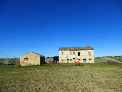 Casale Falerone (Fermo)