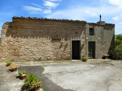 Casa Ponzano di Fermo (Fermo)