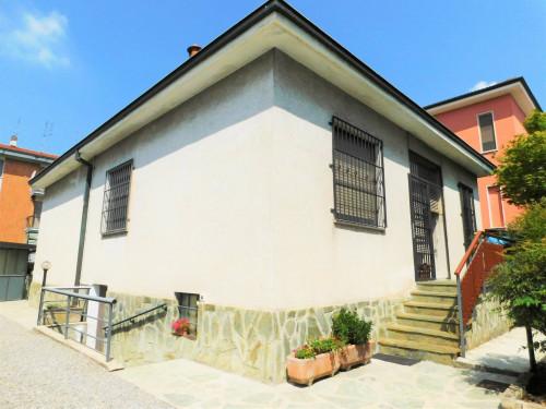 Villa in Vendita a Vignate