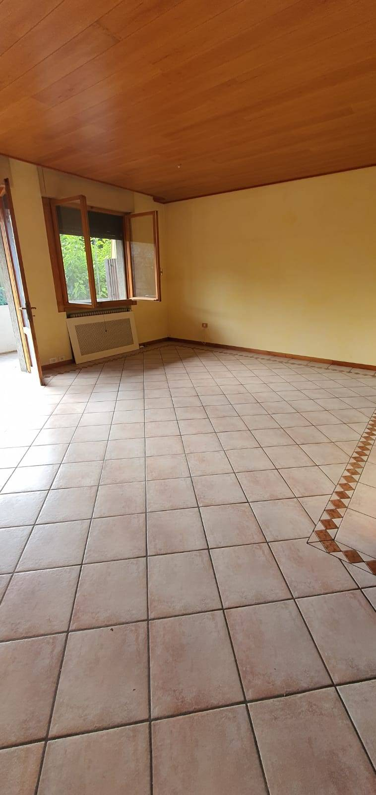 Appartamento in vendita a Villorba, 5 locali, zona tà, prezzo € 125.000 | PortaleAgenzieImmobiliari.it