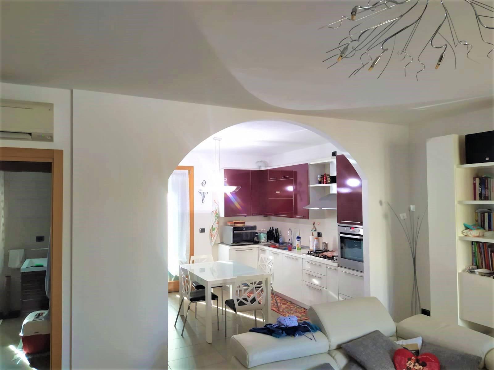 Appartamento in vendita a Marcon, 8 locali, zona Località: SanLiberale, prezzo € 270.000 | PortaleAgenzieImmobiliari.it