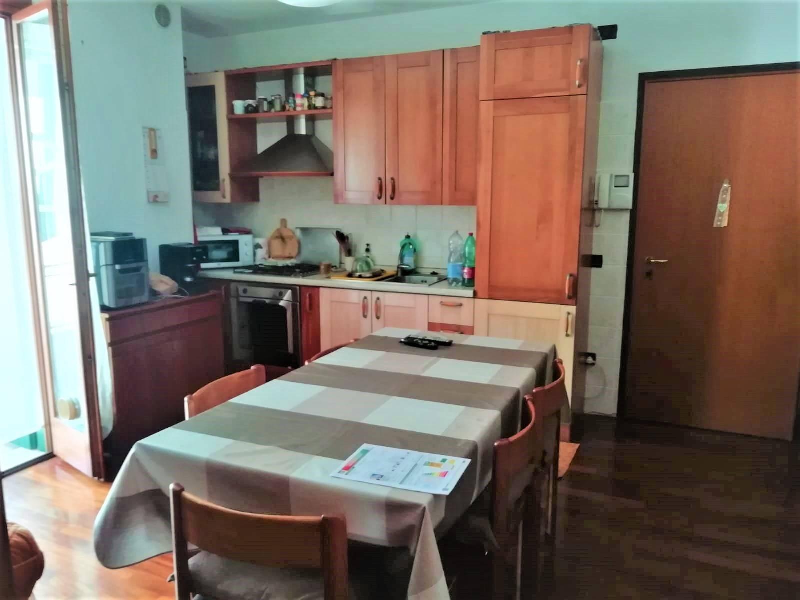 Appartamento in vendita a Preganziol, 4 locali, zona Località: Sambugh?, prezzo € 100.000   PortaleAgenzieImmobiliari.it