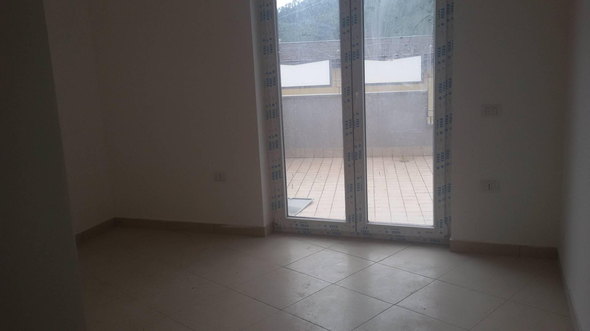 Appartamento in affitto a Pellezzano, 3 locali, prezzo € 500 | CambioCasa.it