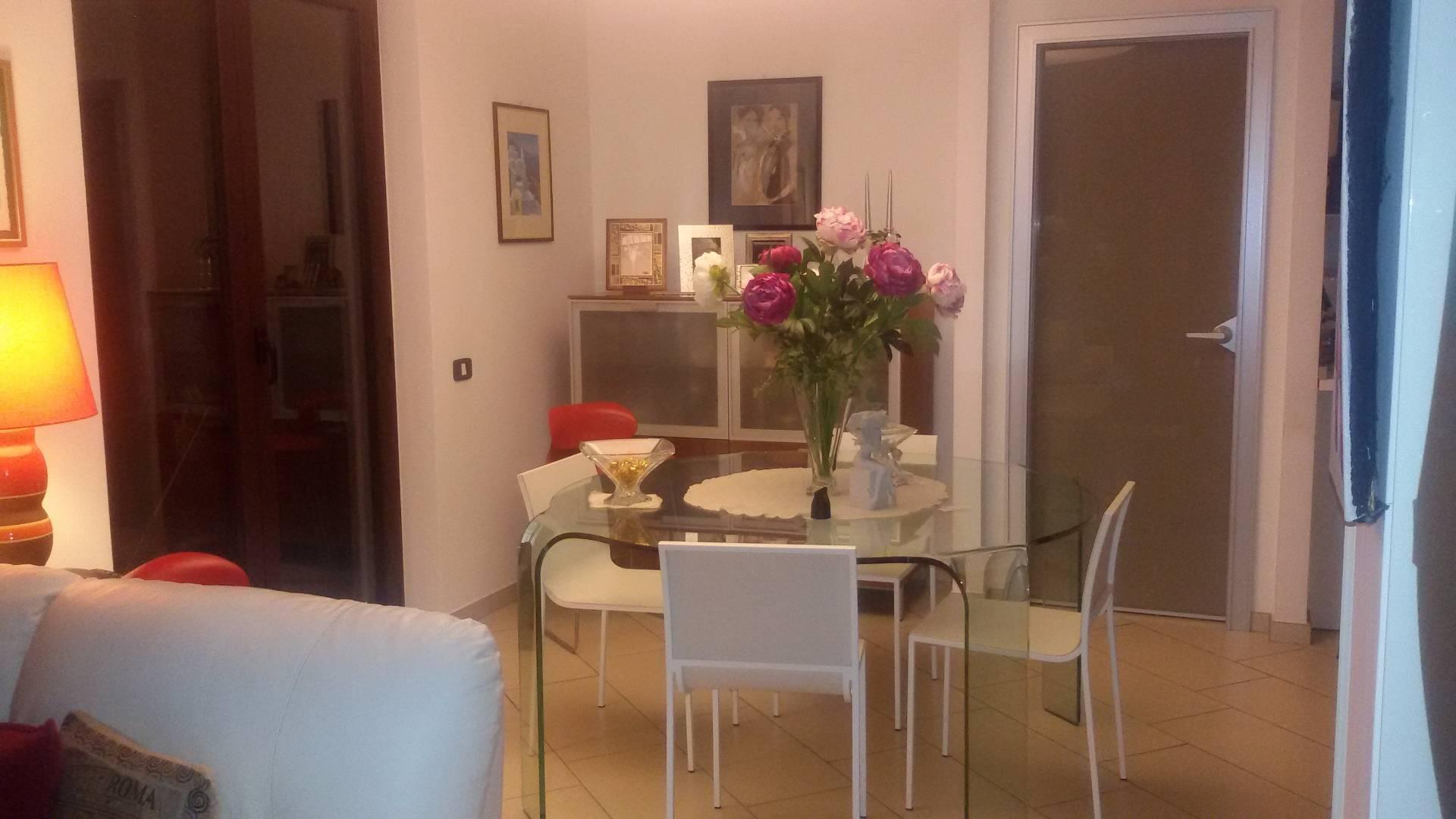 Soluzione Semindipendente in vendita a Baronissi, 10 locali, zona Zona: Saragnano, prezzo € 420.000 | CambioCasa.it