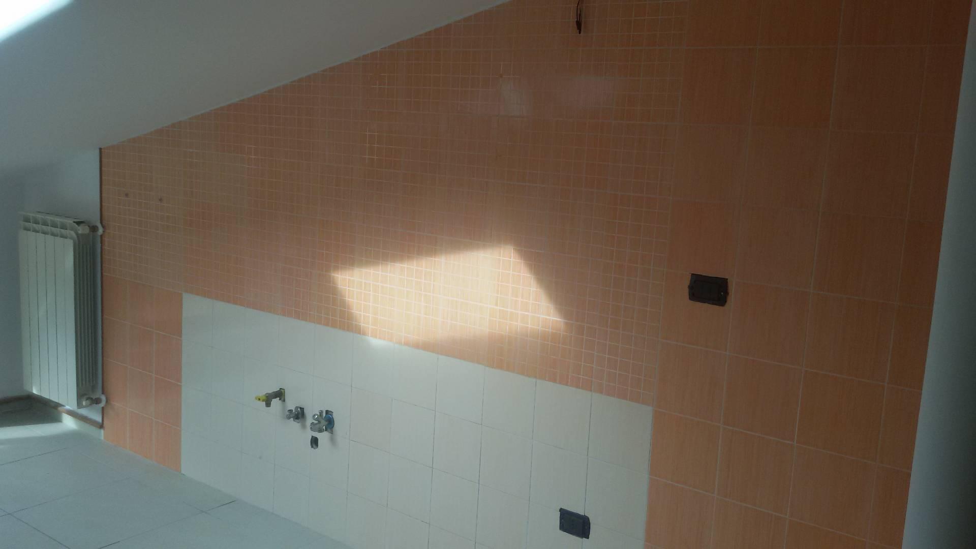 Appartamento in vendita a San Mango Piemonte, 2 locali, prezzo € 65.000 | CambioCasa.it