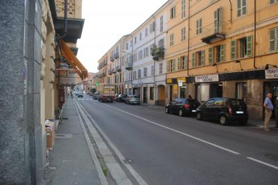 Locale commerciale in Affitto a Pinerolo