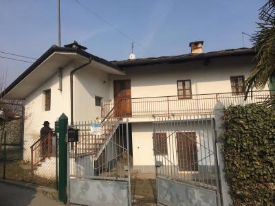 Casa singola in Vendita a Bagnolo Piemonte