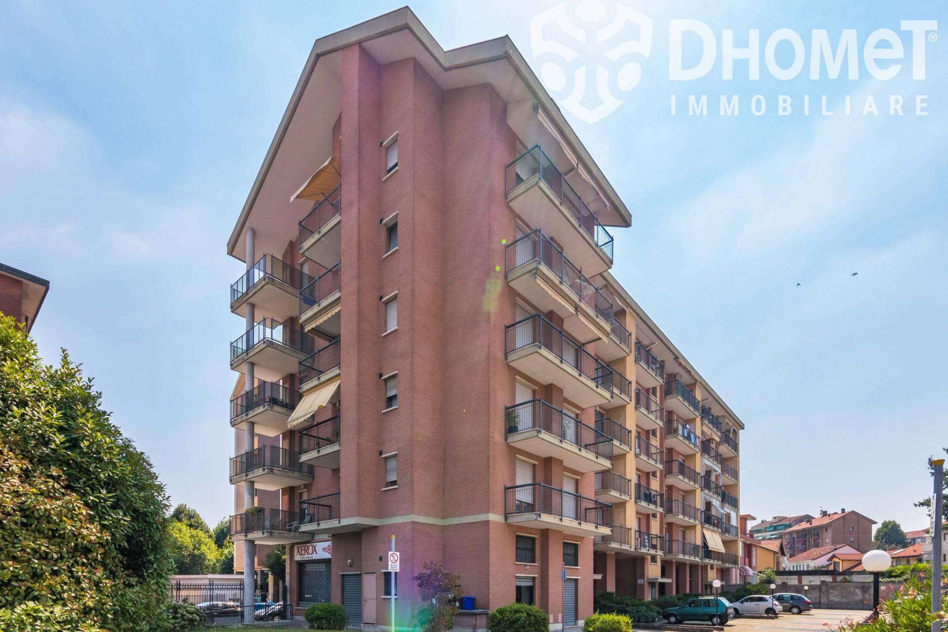 FONDO COMMERCIALE in Vendita a Pozzo Strada, Torino (TORINO)