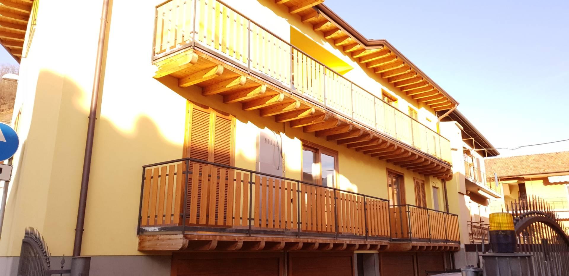 Appartamento in vendita a Nembro, 3 locali, prezzo € 185.000 | CambioCasa.it