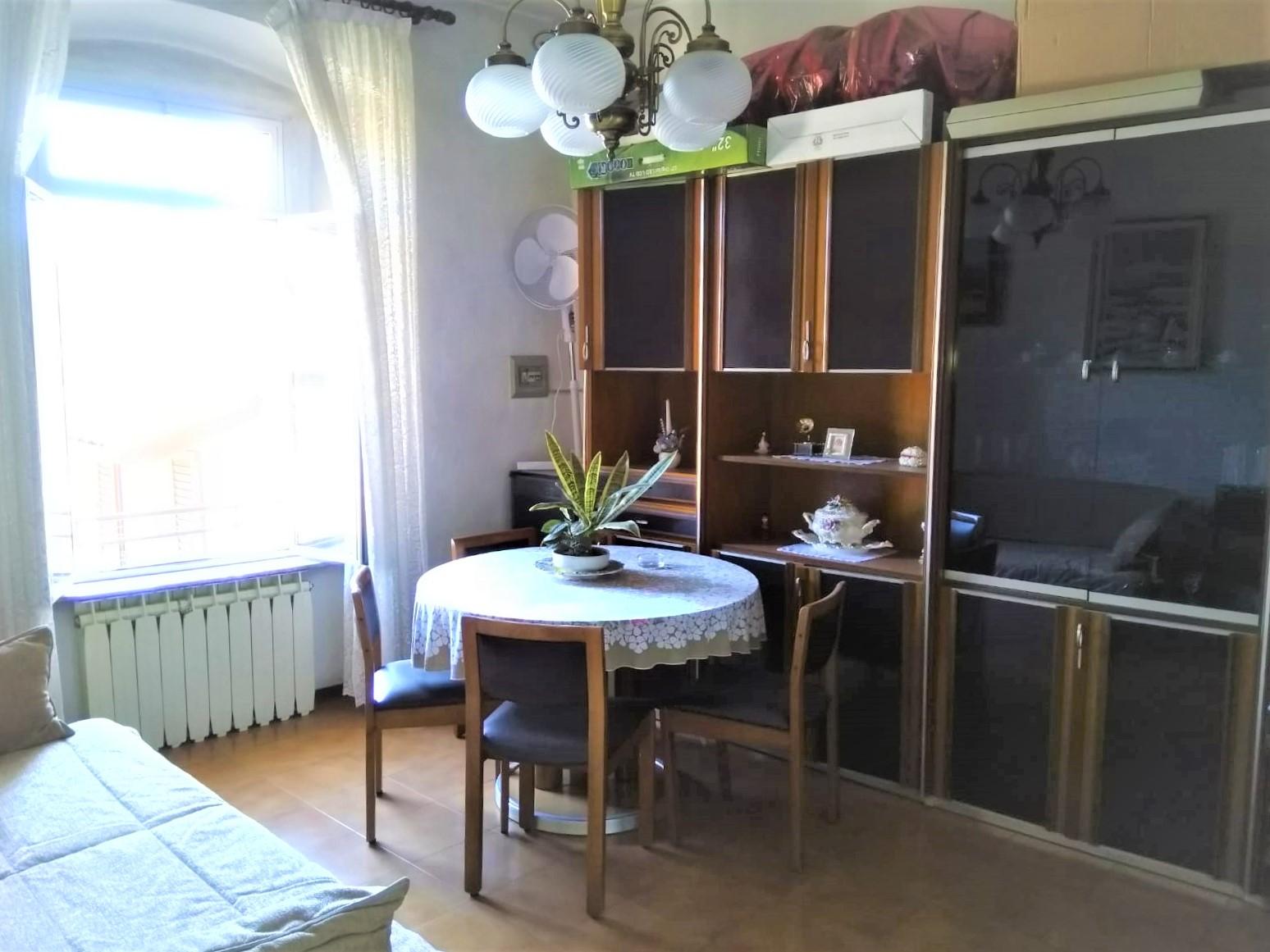 Appartamento in vendita a Nembro, 2 locali, prezzo € 58.000 | CambioCasa.it