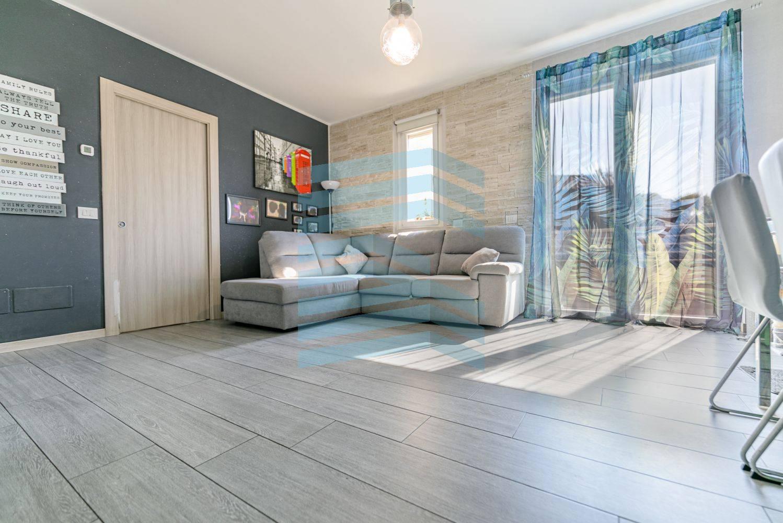 Vendita Quadrilocale Appartamento Agrate Brianza 270332
