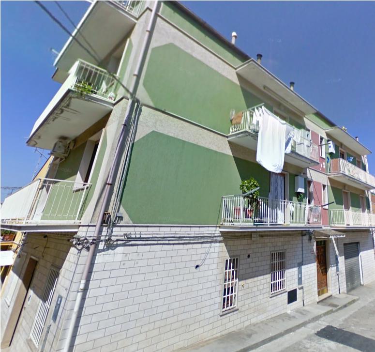 Appartamento in vendita a San Nicandro Garganico, 3 locali, zona Località: BOSCHETTO, prezzo € 55.000   CambioCasa.it