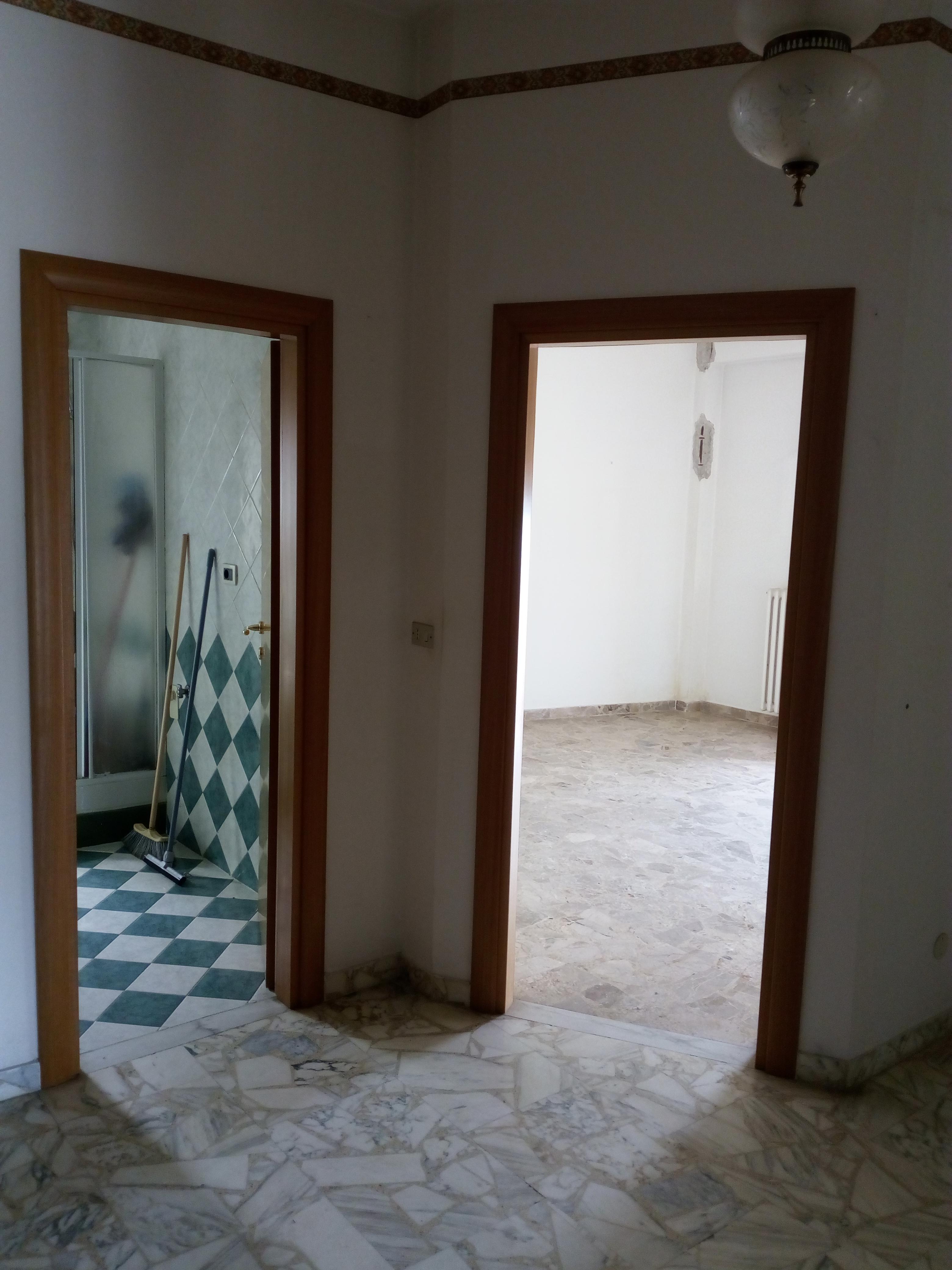 Appartamento in vendita a Ischitella, 5 locali, prezzo € 50.000 | PortaleAgenzieImmobiliari.it