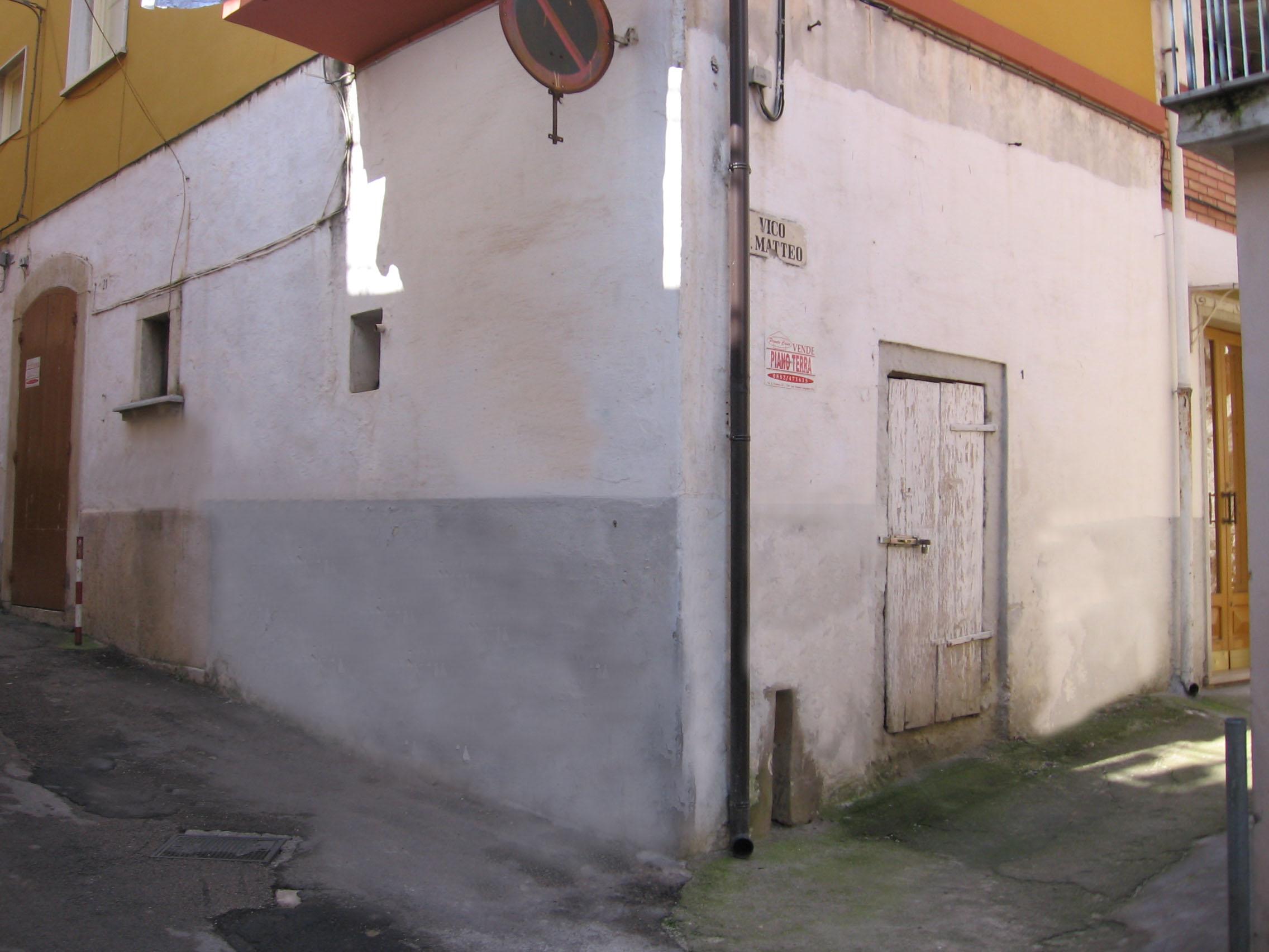 Appartamento in vendita a San Nicandro Garganico, 3 locali, zona Località: CENTRO, prezzo € 21.000   CambioCasa.it