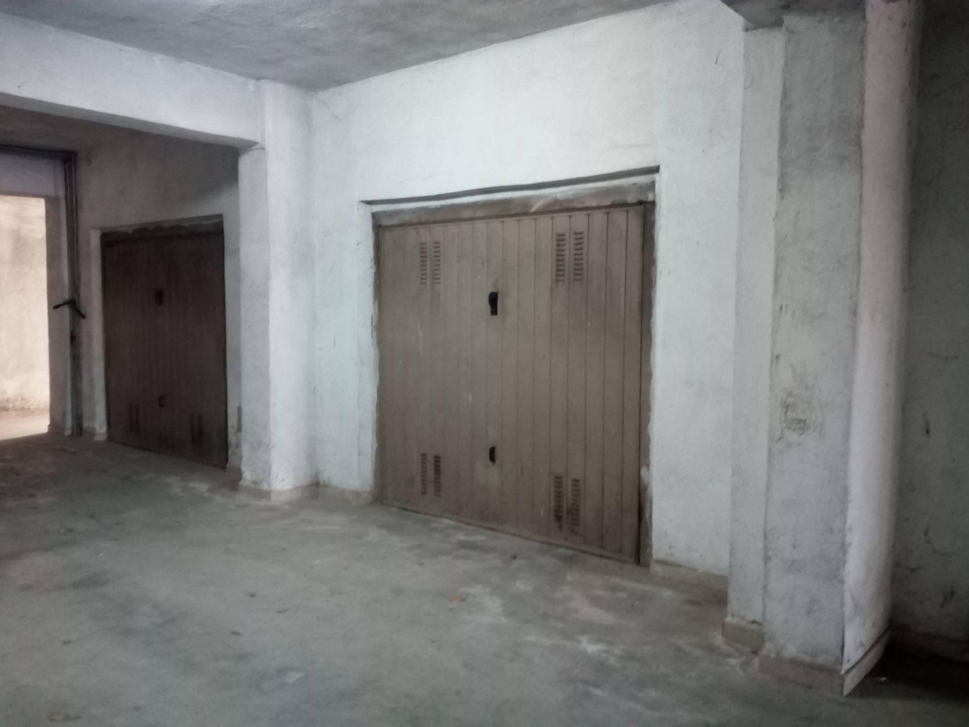 Box / Garage in vendita a Vico del Gargano, 1 locali, zona Località: FilodellAsino, prezzo € 25.000 | CambioCasa.it
