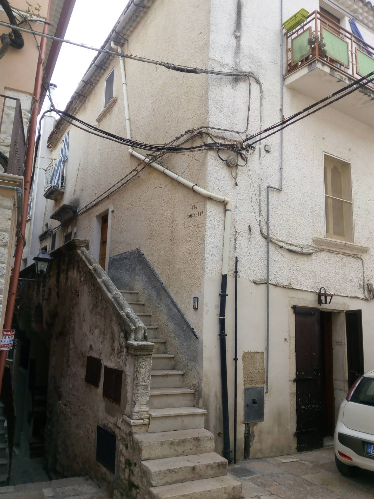 Appartamento in vendita a Ischitella, 6 locali, zona Località: Piazza, prezzo € 90.000 | PortaleAgenzieImmobiliari.it