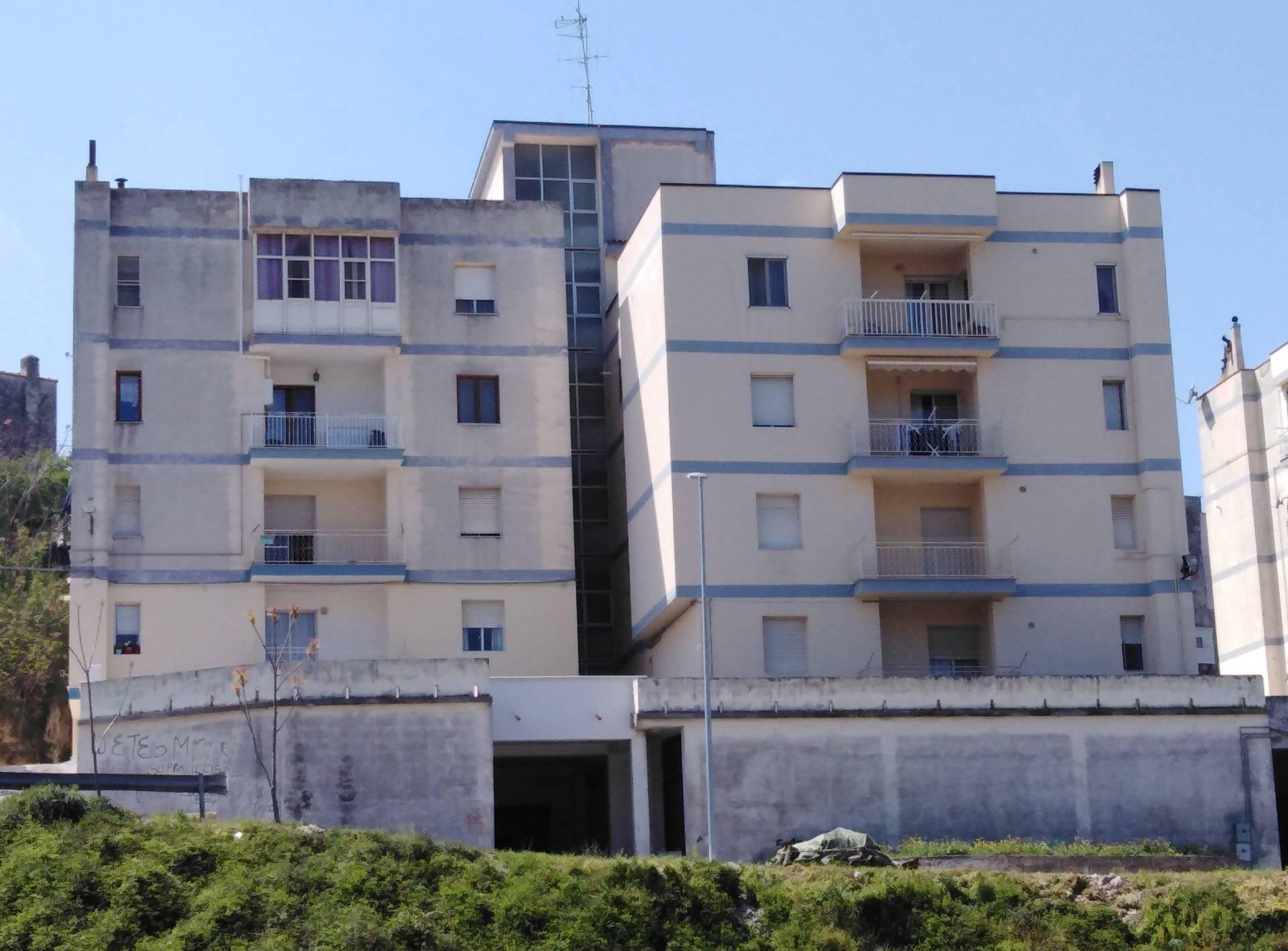 Appartamento in vendita a Vico del Gargano, 7 locali, zona Località: FilodellAsino, prezzo € 95.000 | PortaleAgenzieImmobiliari.it