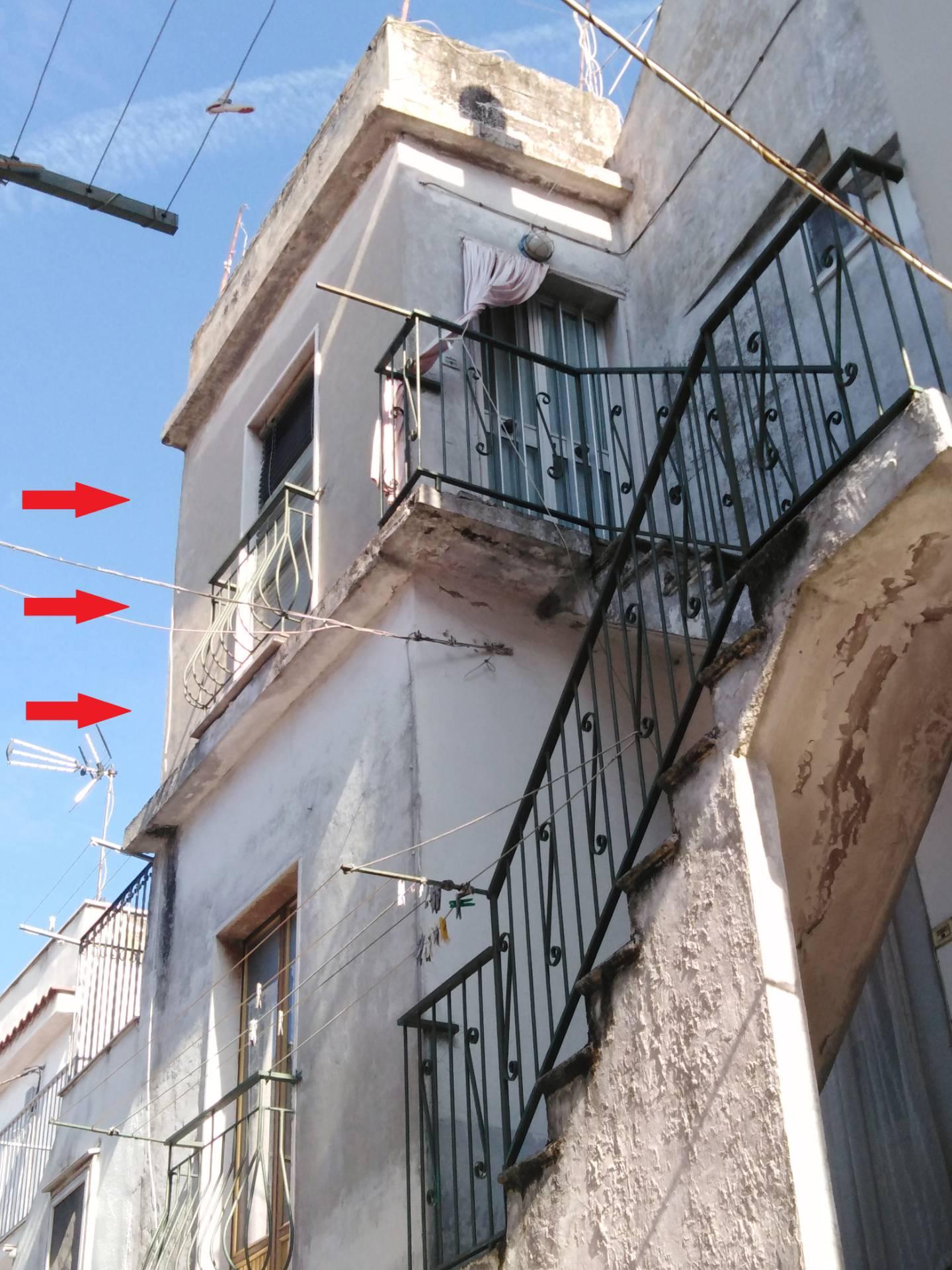 Appartamento in vendita a Ischitella, 3 locali, zona Località: TraverseC.Battisti/UmbertoI, prezzo € 29.000 | PortaleAgenzieImmobiliari.it