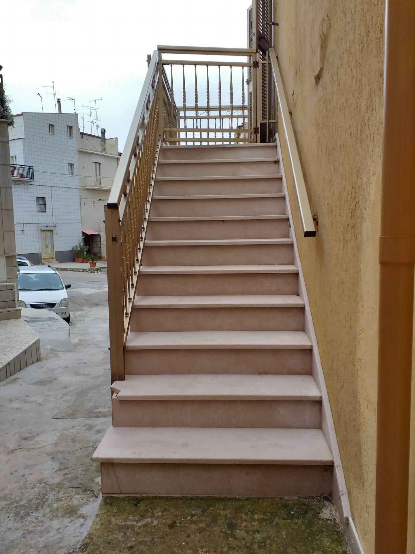 Appartamento in vendita a San Nicandro Garganico, 2 locali, zona Località: CENTRO, prezzo € 22.000 | PortaleAgenzieImmobiliari.it