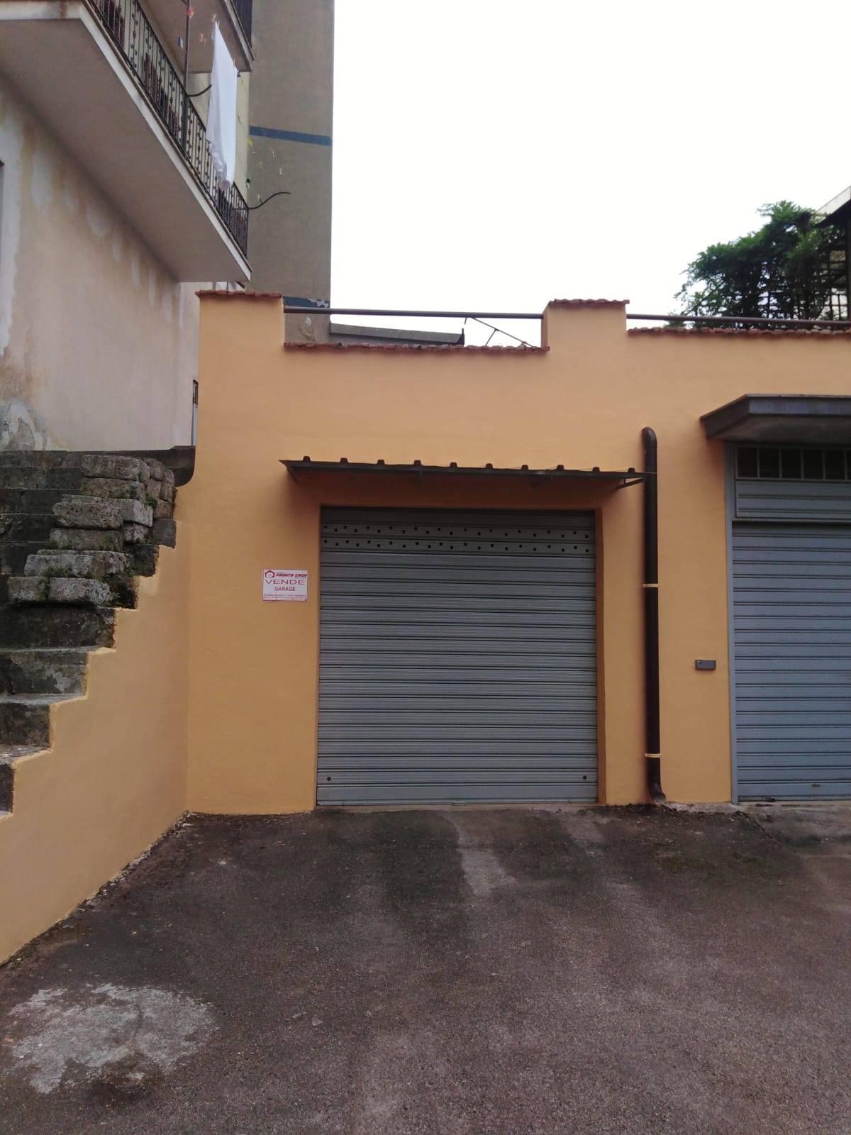 Box / Garage in vendita a Vico del Gargano, 1 locali, zona Località: Resistenza, prezzo € 32.000 | CambioCasa.it