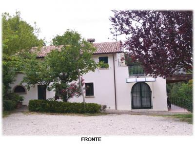 Villa in Vendita a Fano