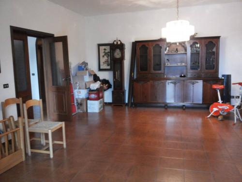 Villa in Vendita a Colli al Metauro