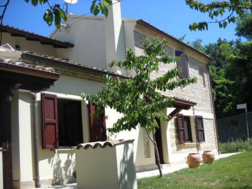 Casa colonica in Vendita a Fano