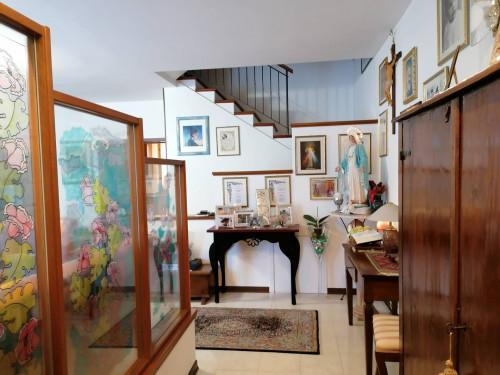 Casa indipendente a schiera in Vendita a Fano