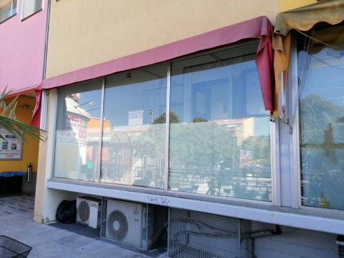 Locale commerciale in Affitto a Fano