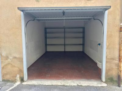 Vai alla scheda: Box / Posto auto Vendita Palermo