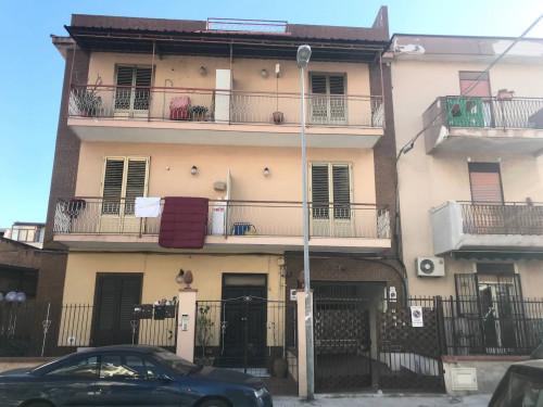 Box o garage in Affitto a Palermo