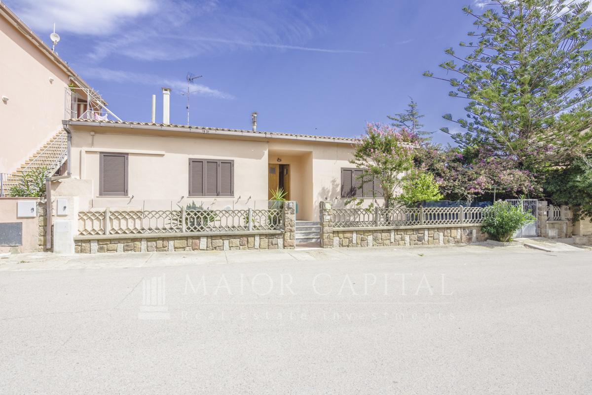 Villa a Schiera in vendita a Golfo Aranci, 6 locali, prezzo € 467.000   CambioCasa.it