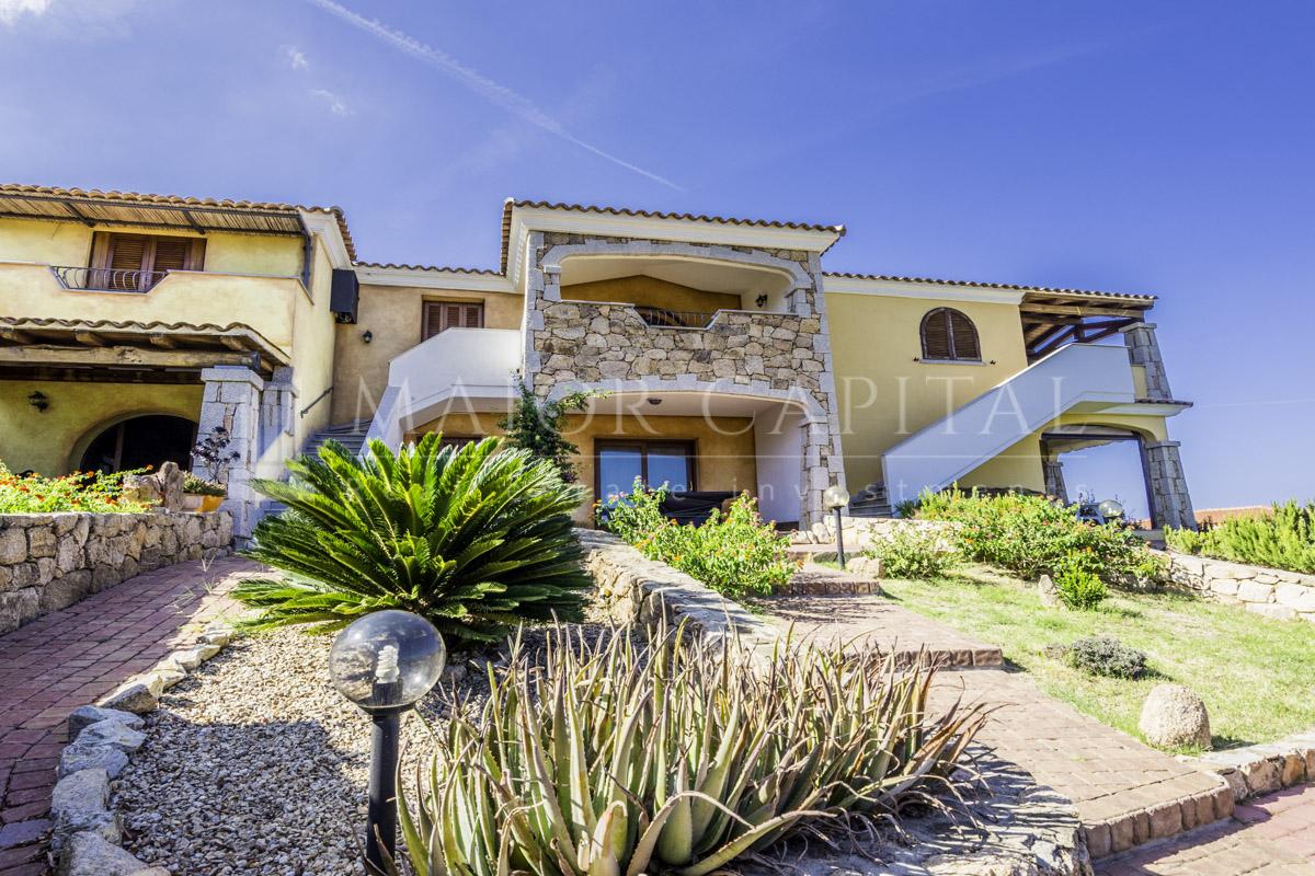 Appartamento in vendita a Budoni, 3 locali, prezzo € 225.000 | CambioCasa.it