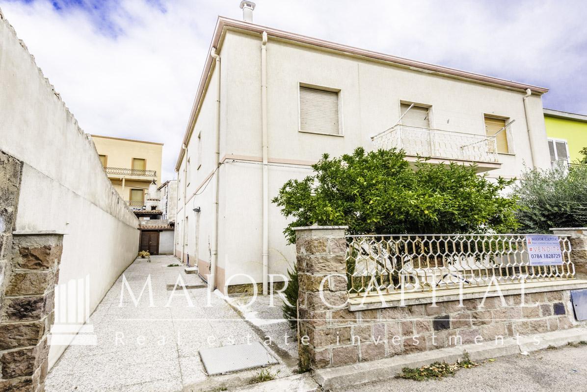 Appartamento in vendita a Oschiri, 6 locali, prezzo € 95.000 | PortaleAgenzieImmobiliari.it