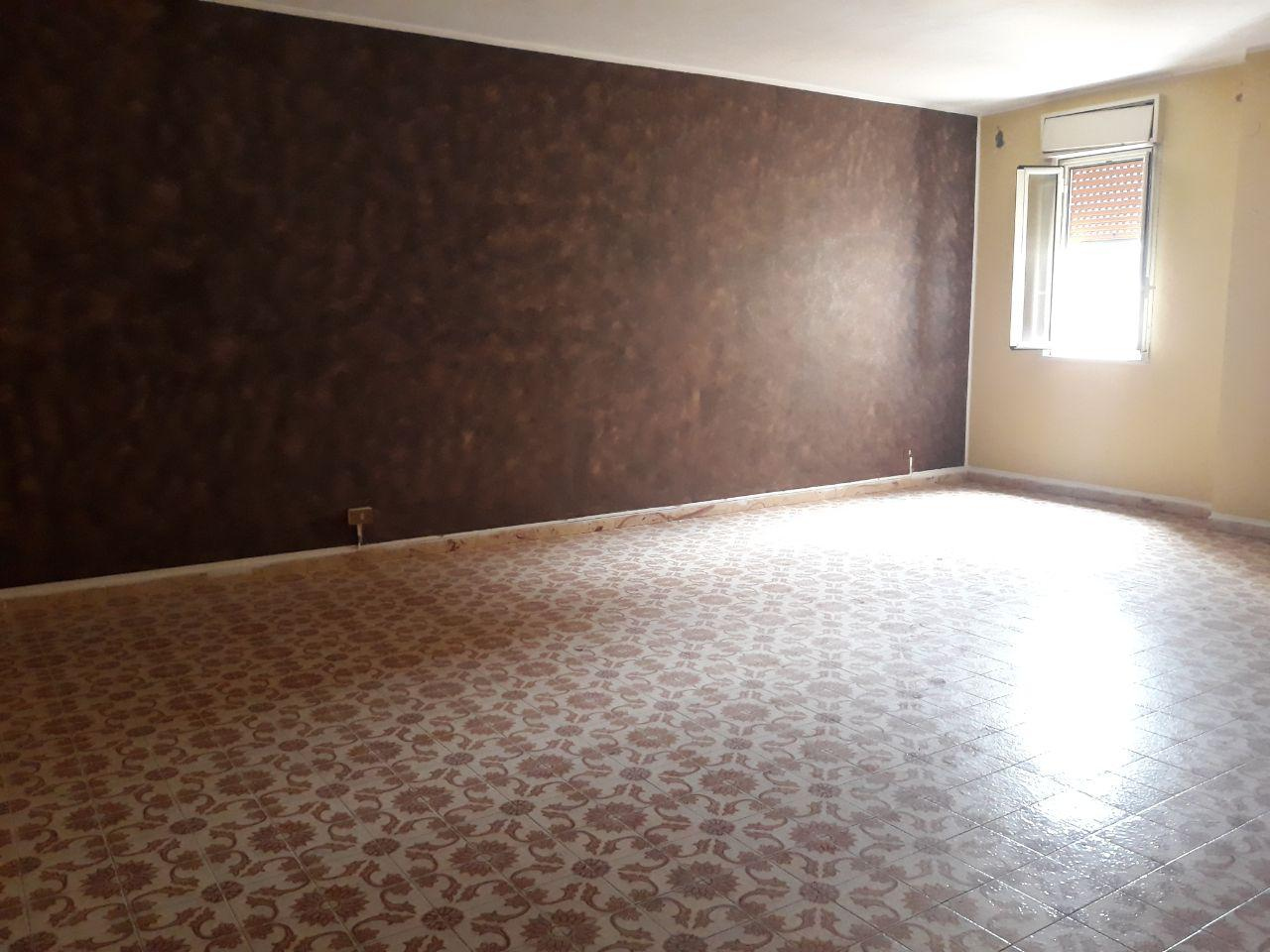 vendita appartamento palermo centro storico  120000 euro  4 locali  170 mq