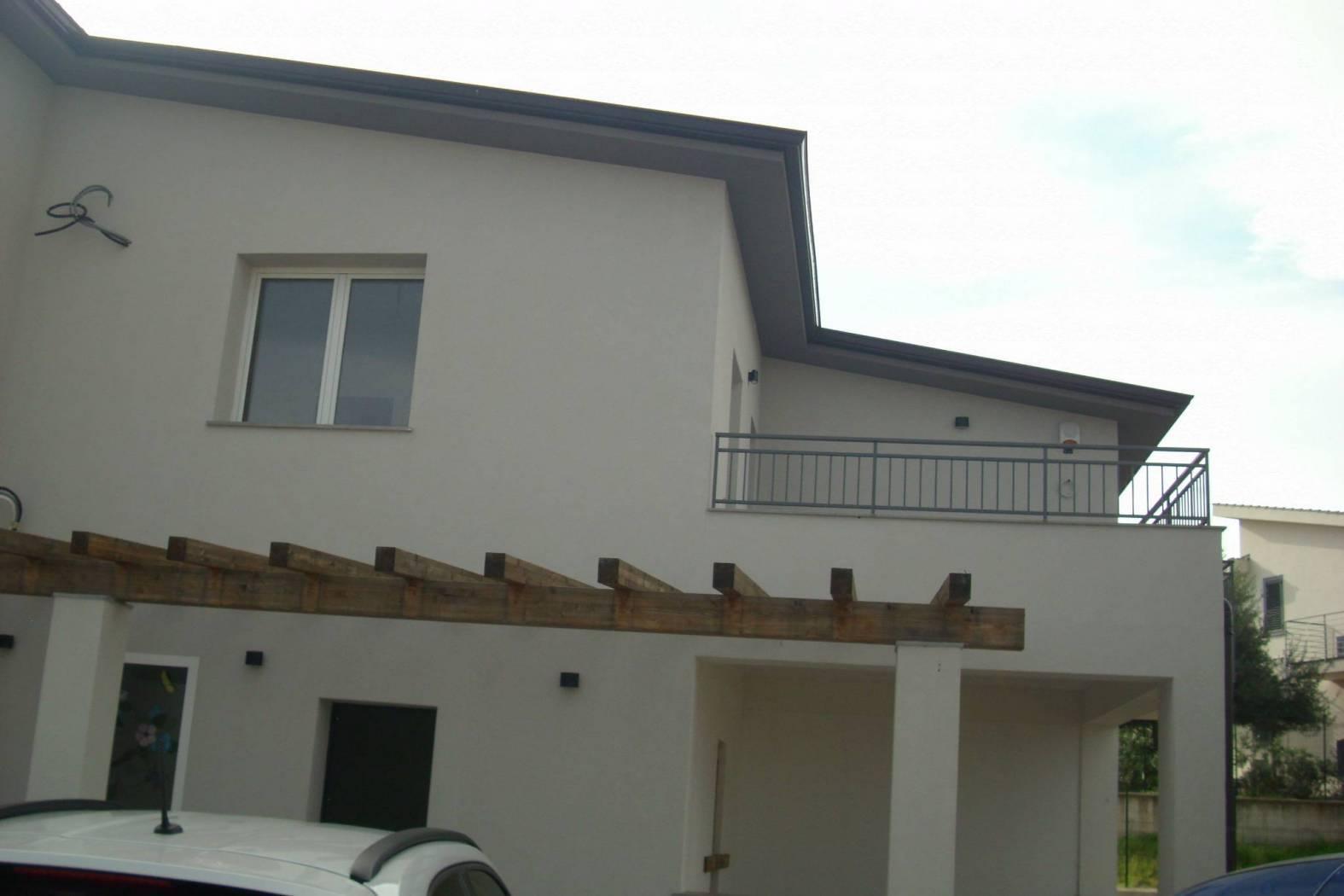 Villa Bifamiliare in vendita a Altavilla Milicia, 3 locali, prezzo € 190.000 | CambioCasa.it