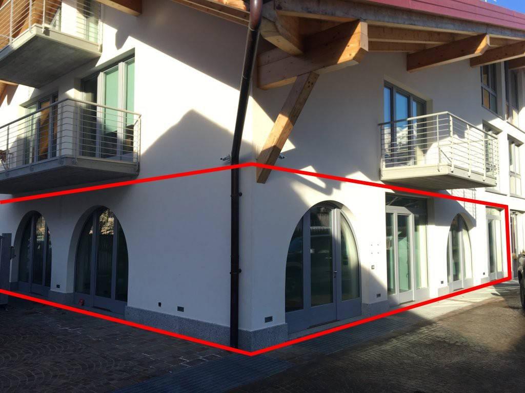Ufficio / Studio in vendita a Pinzolo, 9999 locali, prezzo € 220.000 | CambioCasa.it