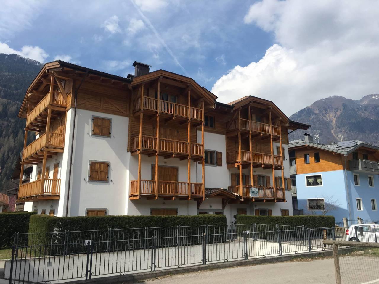 Appartamento in vendita a Pinzolo, 3 locali, prezzo € 315.000 | CambioCasa.it