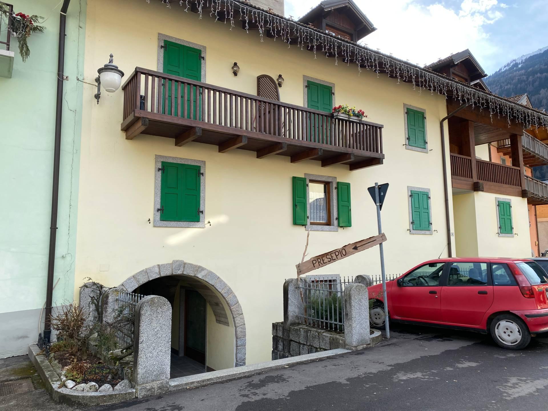 Negozio / Locale in vendita a Pinzolo, 9999 locali, prezzo € 202.500 | CambioCasa.it