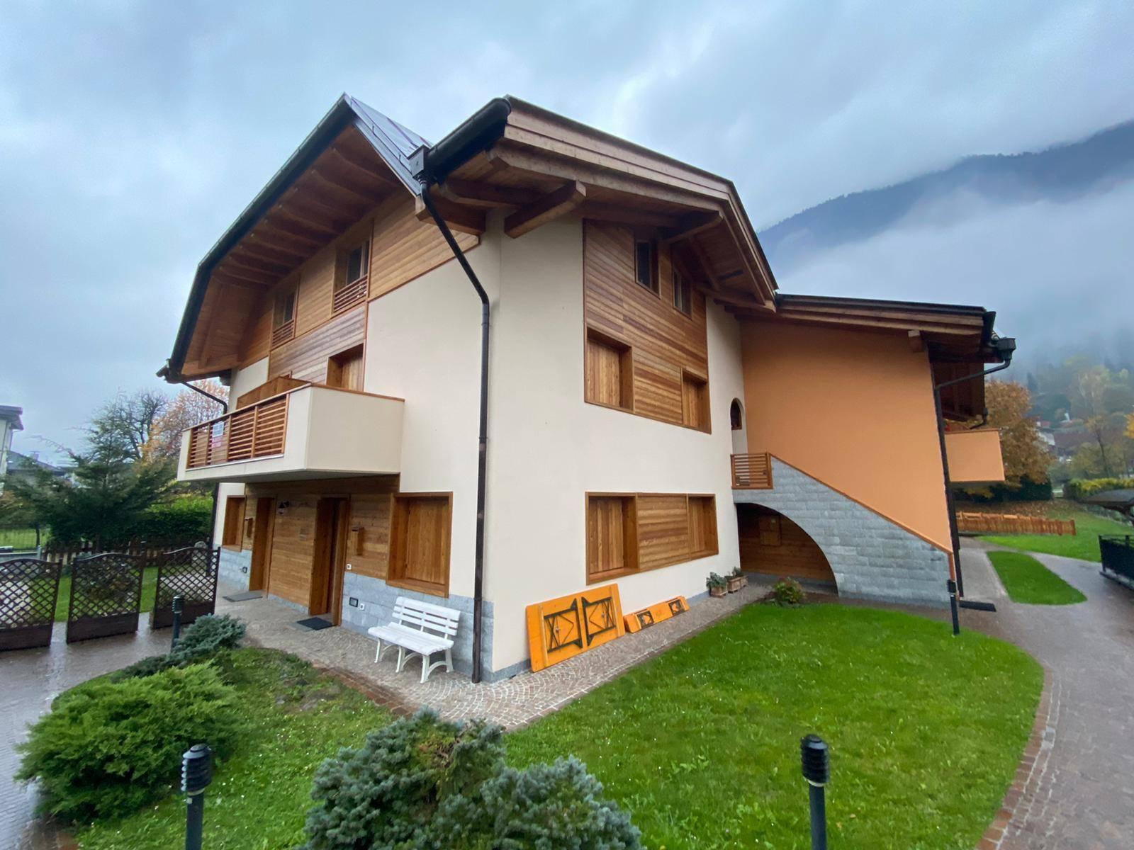 Ufficio / Studio in vendita a Spiazzo, 9999 locali, zona Zona: Mortaso, prezzo € 145.000 | CambioCasa.it